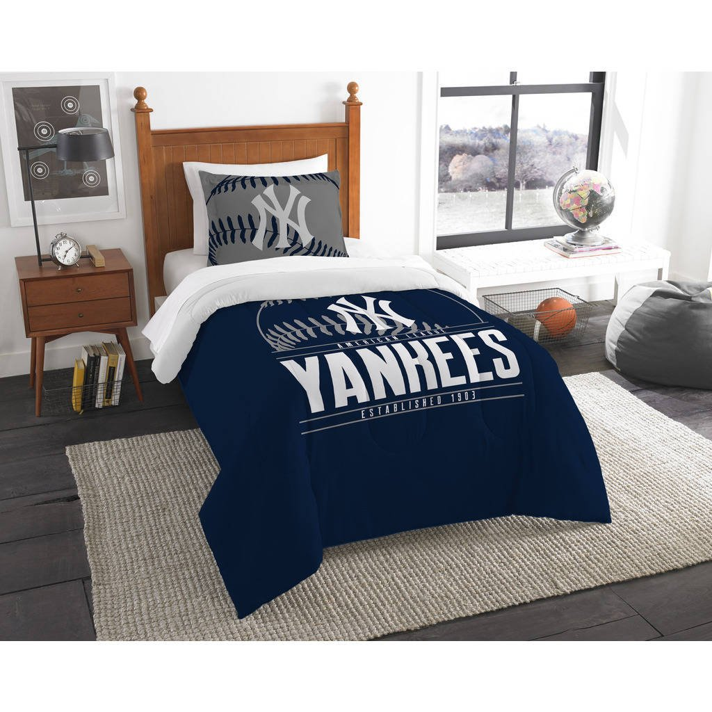 2 Piece MLB Yankees Comforter Twin Set, Baseball Themed Bedding Sports Patterned, Team Logo Fan Merchandise Athletic Team Spirit Fan, Navy Blue White, Polyester