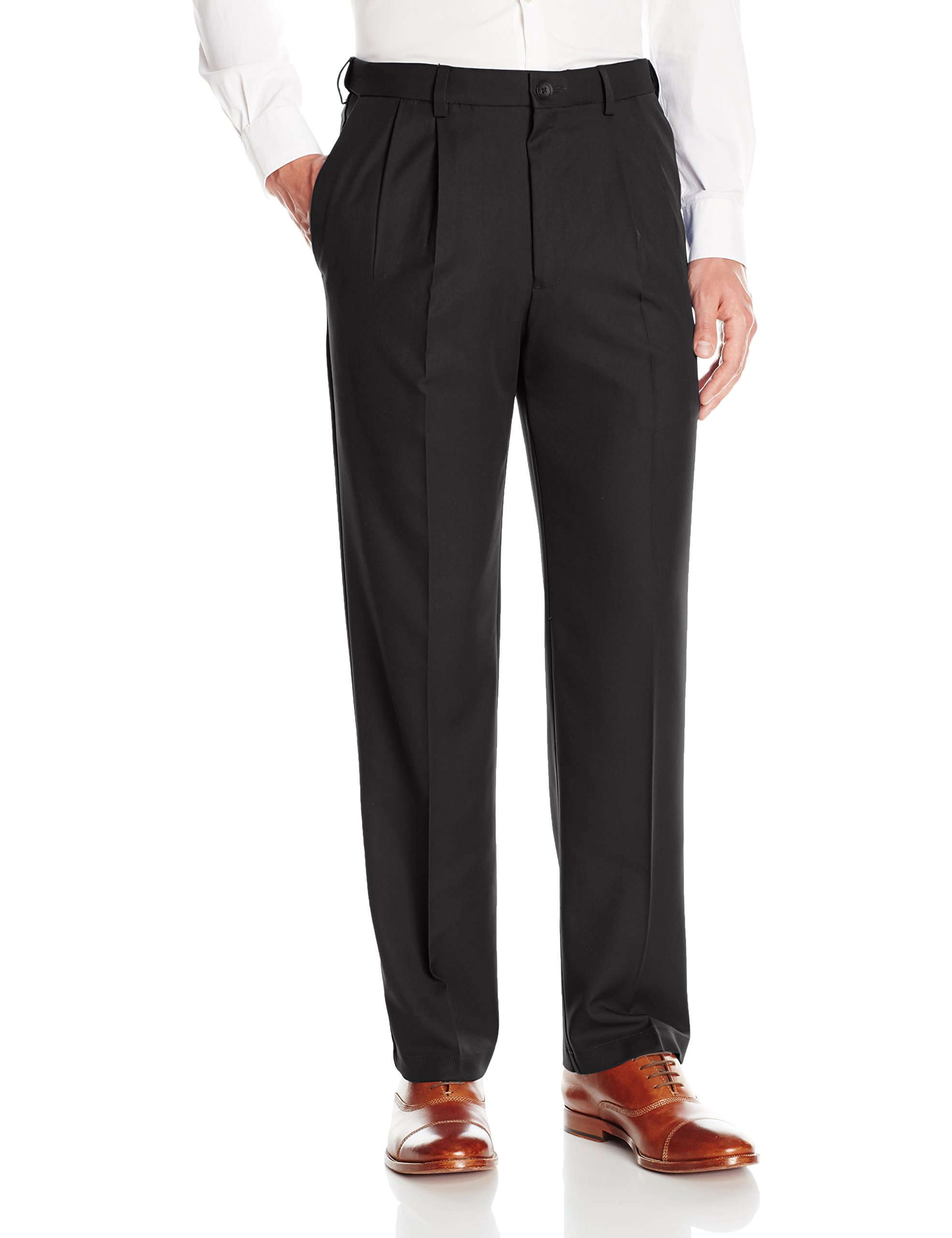 Haggar Men's Cool 18 Pro Classic Fit Pleat Front Expandable Waist Pant, Black, 40Wx34L
