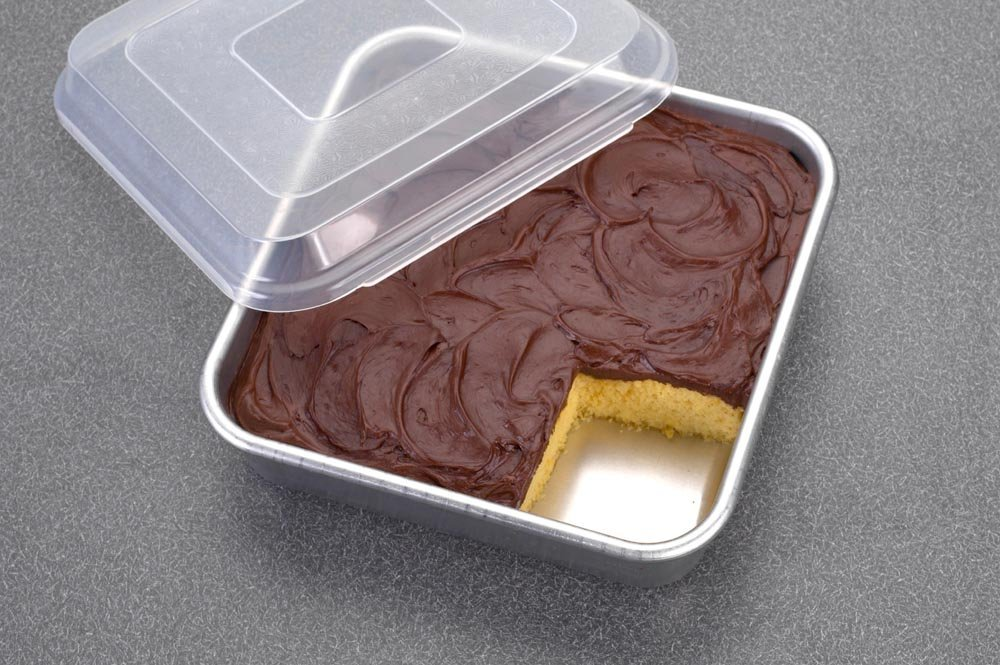 Nordic Ware Natural Aluminum Commercial Square Cake Pan with Lid, Exterior 9.88 x 9.88 Inches by Nordic Ware