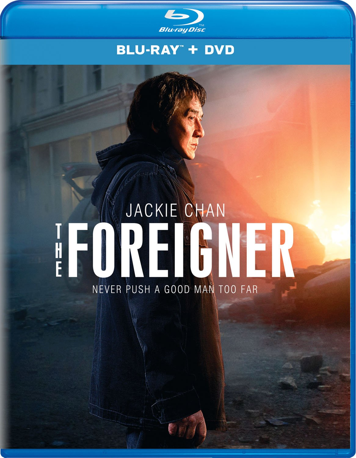 Blu-ray : The Foreigner (With DVD, Digitally Mastered in HD, 2 Pack, 2 Disc) {OU}
