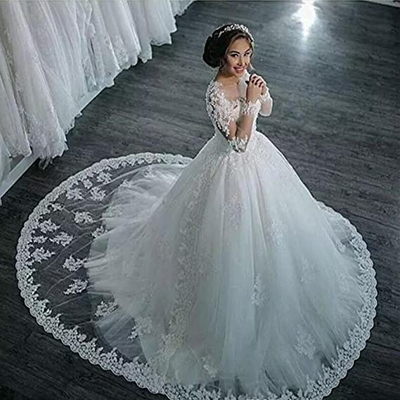 8aa98c1f9f Siaoryne Vintage Wedding Dress for Bride Lace Appliqued with Long Sleeves   Amazon.ca  Clothing   Accessories