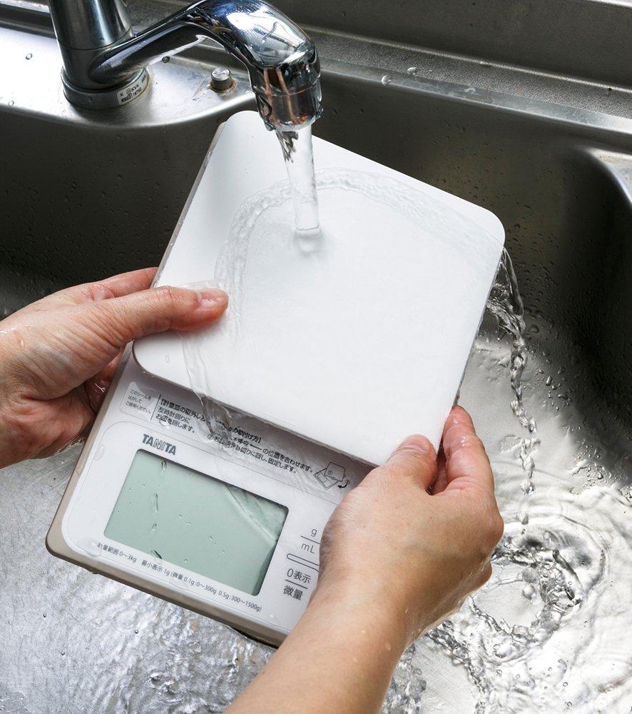 タニタ 洗えるデジタルクッキングスケール KW-320-WH