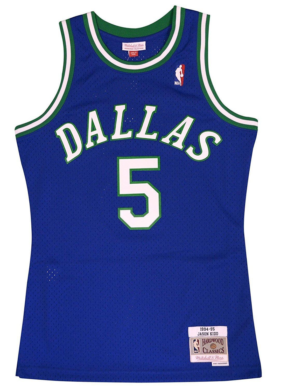 a5fda8b4d03e Amazon.com   Mitchell   Ness Dallas Mavericks Jason Kidd Swingman Jersey  NBA Throwback Blue (Large)   Clothing