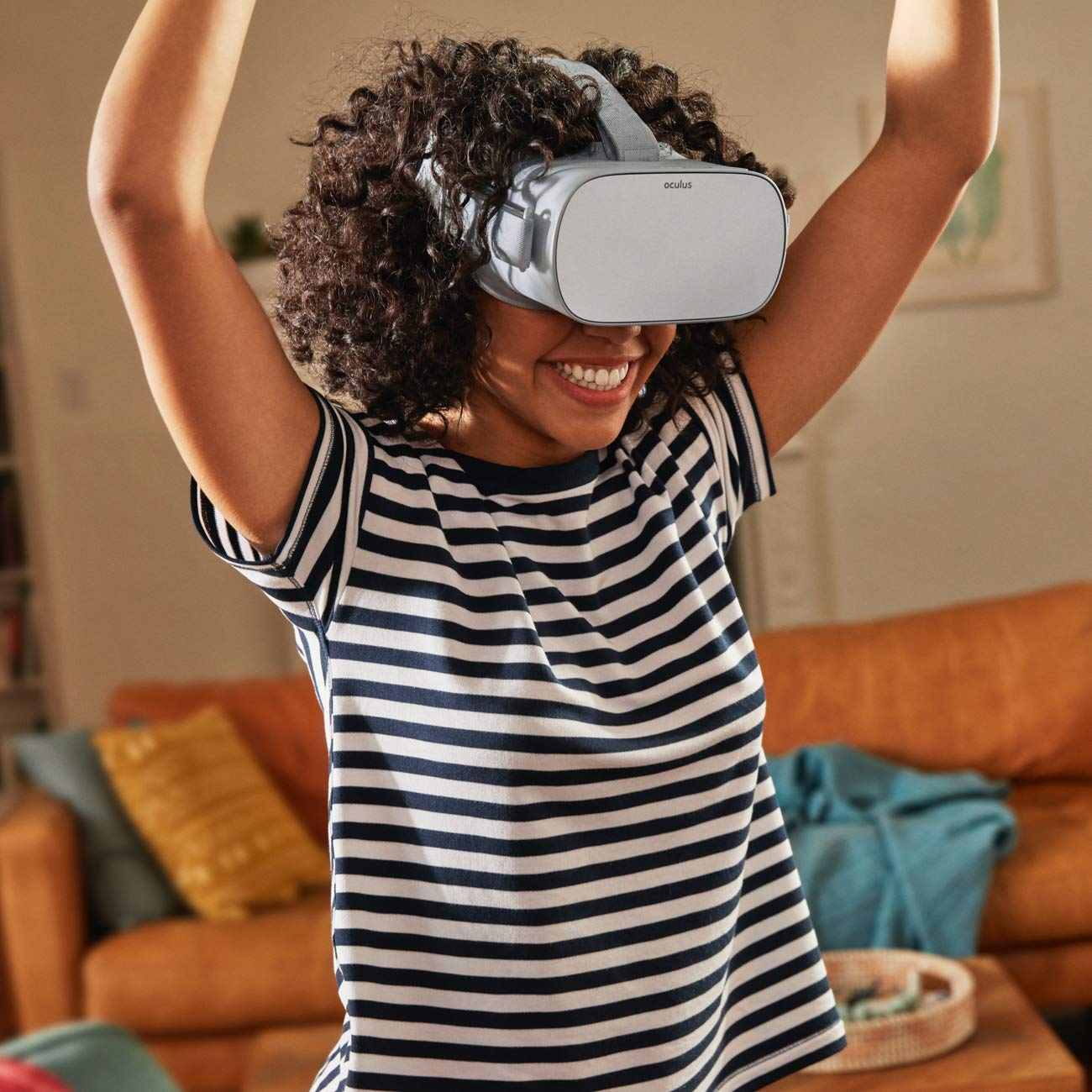 Oculus Go Standalone Virtual Reality Headset  - 32GB by Oculus (Image #8)