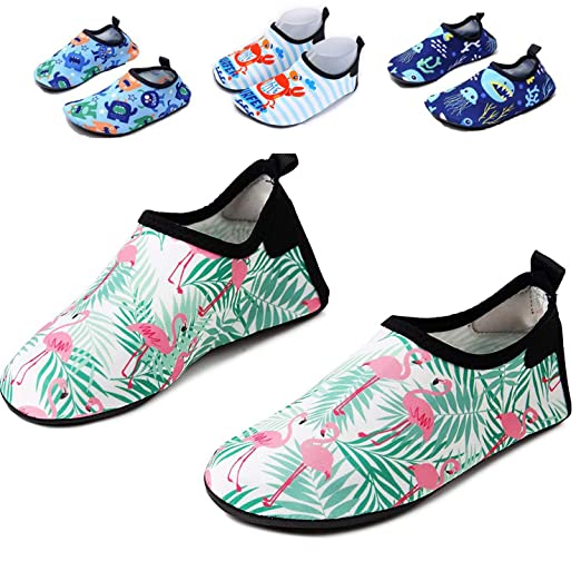 4f6c589551 AkiWoo Kids Water Shoes Boys Girls Swim Shoes Quick Dry Non-Slip Barefoot  Aqua Socks Beach Pool
