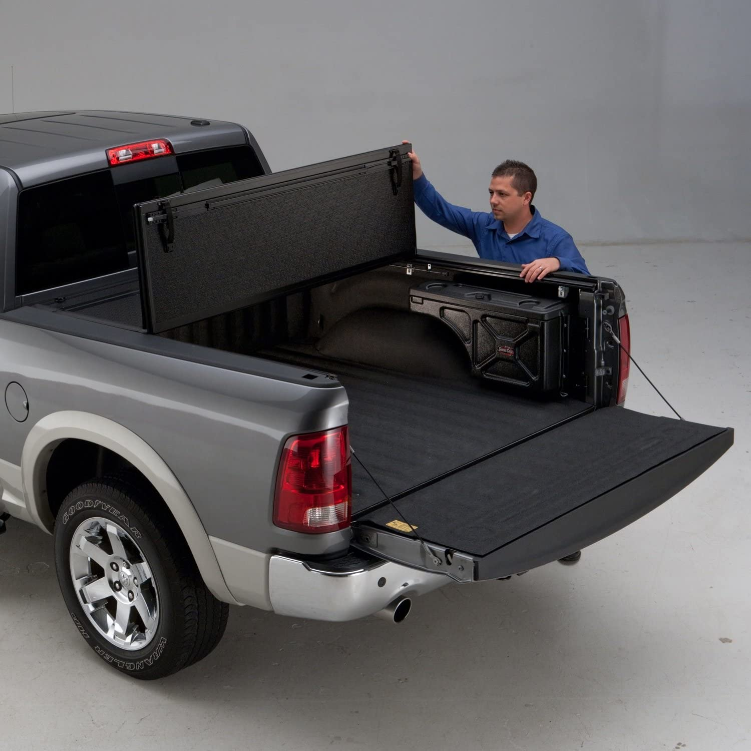 UnderCover Flex Tonneau Covers ease to use