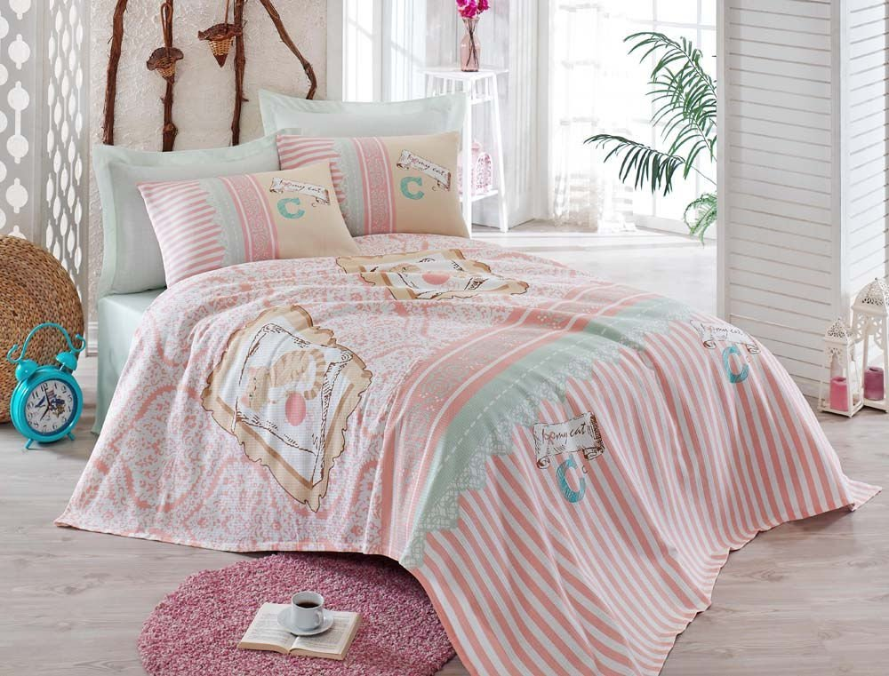 LaModaHome Luxury Soft Colored Bedroom Bedding 100% Cotton Double Coverlet (Pique) Thin Coverlet Summer/I Love My Cat Animal Line Motif Pink Background Design/Double