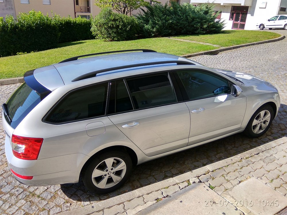 Laitovo RHS-296 Set passgenauer Sonnenschutz f/ür Ihr Auto