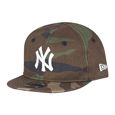 04f38e75 New Era MLB League Essential 9FIFTY Infant Snapback Cap (NY Yankees Camo)