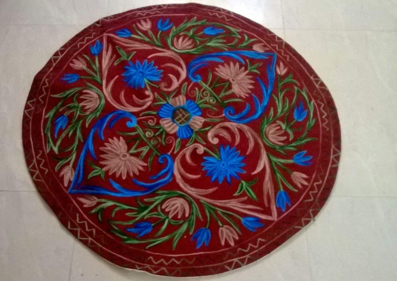Christmas Gift. Felted woolen wall hanging (2 feet round)