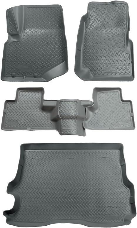 Black Husky Liners Classic Style Custom Fit Molded Front Floor Liner for Select Chevrolet//Isuzu//Oldsmobile//GMC Models