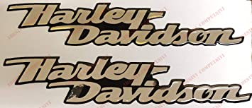 Logo Aufkleber Harley Davidson Dyna Street Bob Emblem Harzbeschichtet 3d Effekt 2 Stück Für Tankdeckel Oder Helm Chrom Verspiegeltes Silber Auto