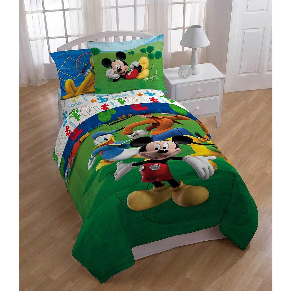 Twin 5 Piece Bedding Set – 1 Reversible Comforter, 1 Flat Sheet, 1 Fitted Sheet, 1 Pillowcase & 1 Pillow Sham (Mickey Mouse Clubhouse)