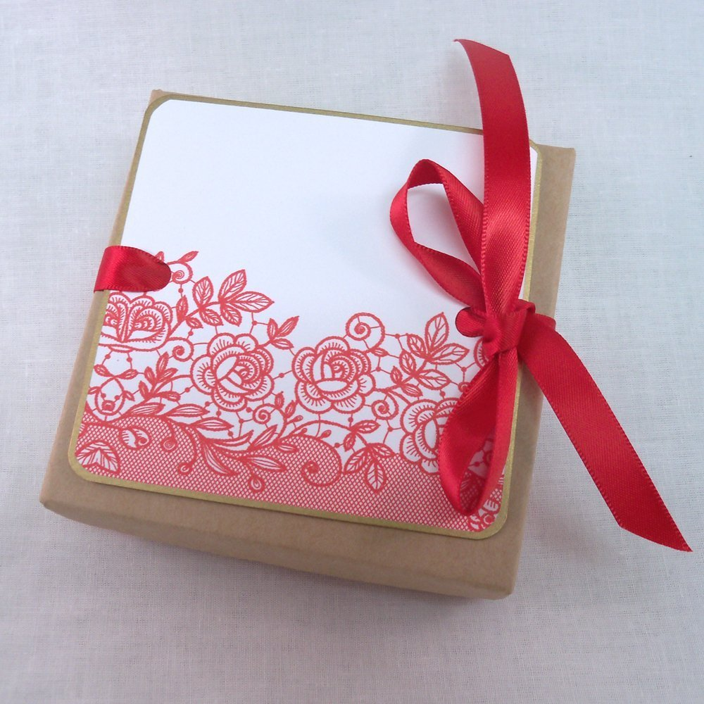 Amazon.com: Valentine\'s Day love note with printed lace, box and ...