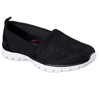 b04c7ce7dd74 Skechers EZ Flex 3.0 Quick Escapade Womens Slip On Sneakers Black White 5.5