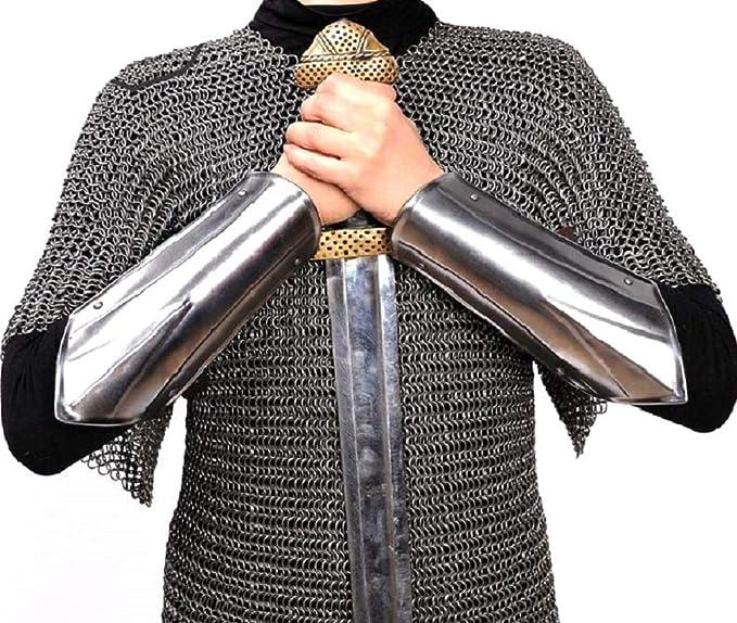 Amazon.com: Disfraz medieval de guerrero con brazo de acero ...