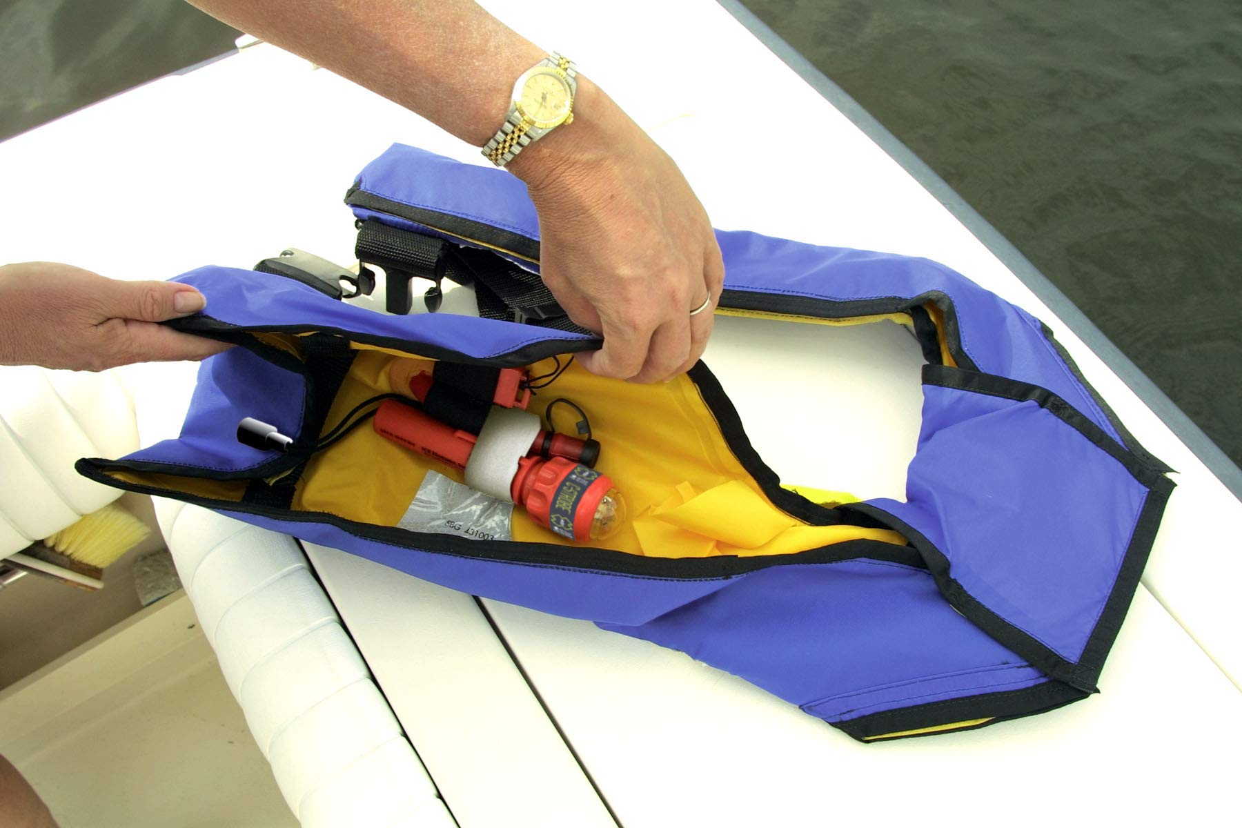 acr C-Strobe Life-Jacket Emergency Signaling Light (3958) (12 Units) by acr