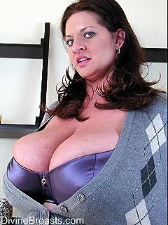 www.bg boobs.com