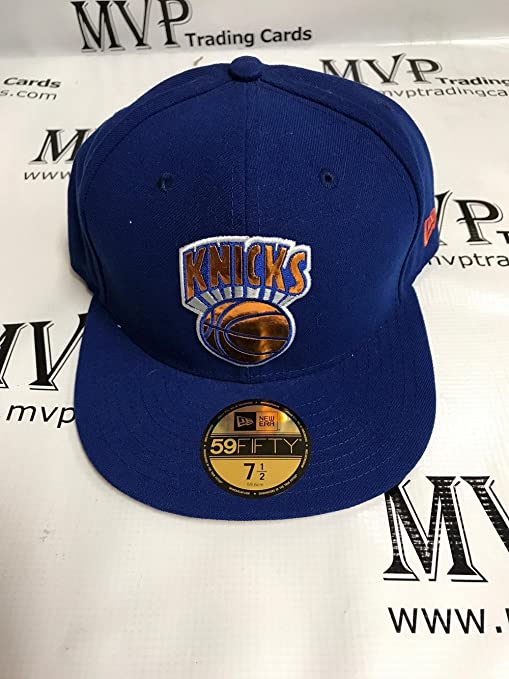 NEW YORK KNICKS Fitted Baseball Cap Size 7 1 2 at Amazon s Sports ... 24dd54715c2