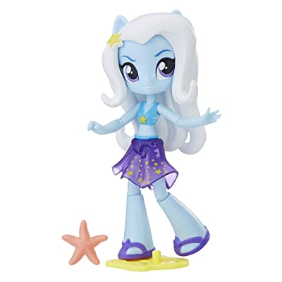 My Little Pony Equestria Girls Beach Collection Trixie Lulamoon: Toys & Games