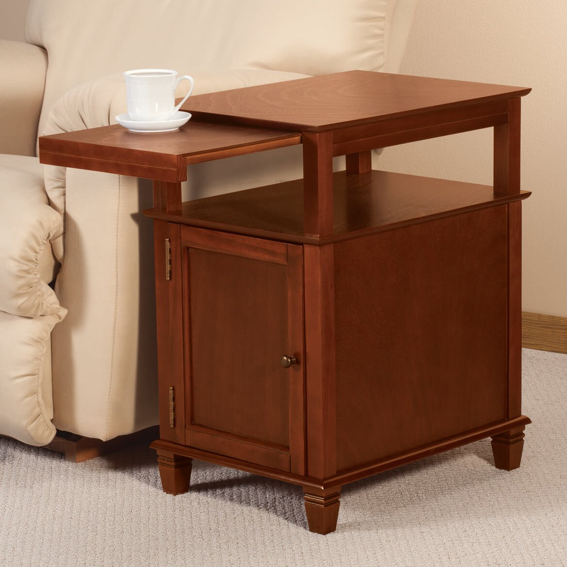 Easy Access Pullout Recliner Table