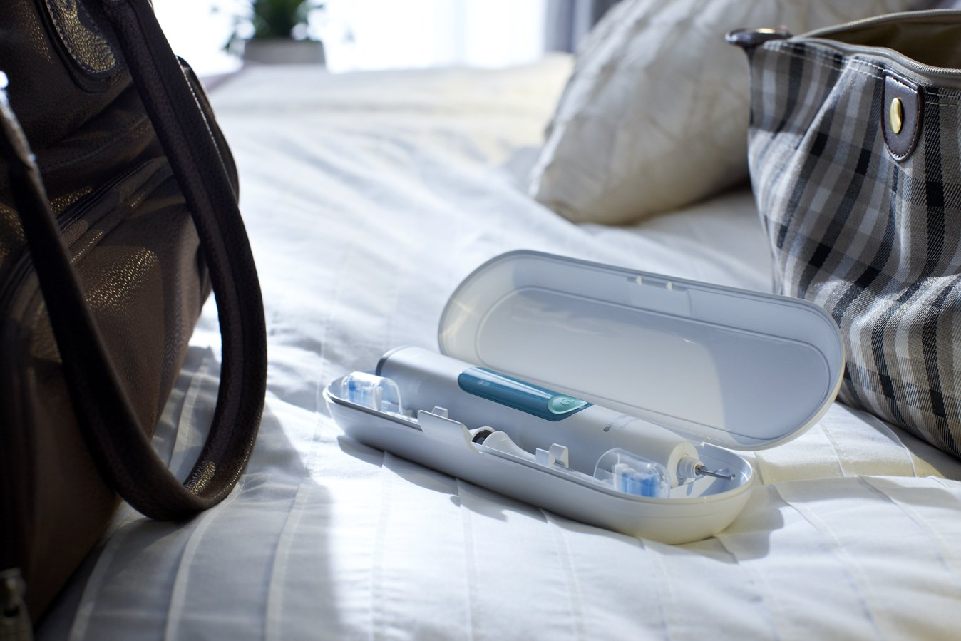 Philips Sonicare 3 Series Gum Health Sonic Electric Rechargeable Toothbrush, HX6610-01 by Philips Sonicare (Image #6)