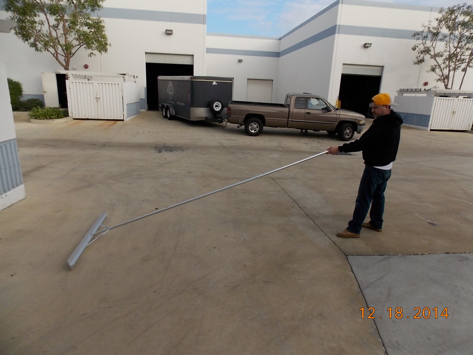 Extra Size Aluminum Asphalt Lute Rake- 54'' Head with 10.5 Feet Long Handle