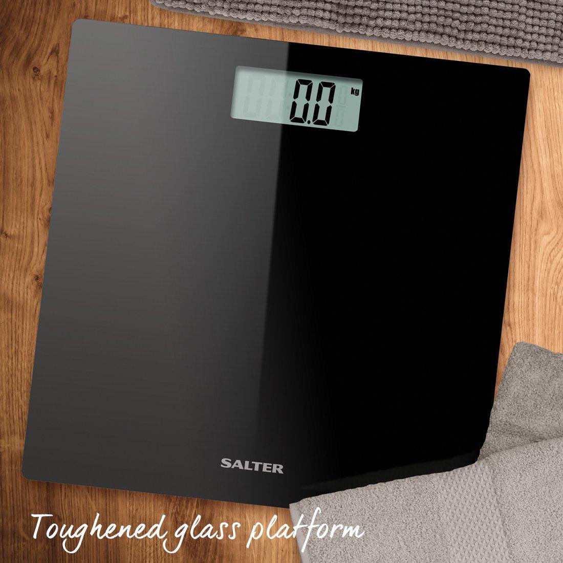 Capacit/à 180 kg Salter Bilancia Pesapersone Digitale in Vetro Temperato Verde