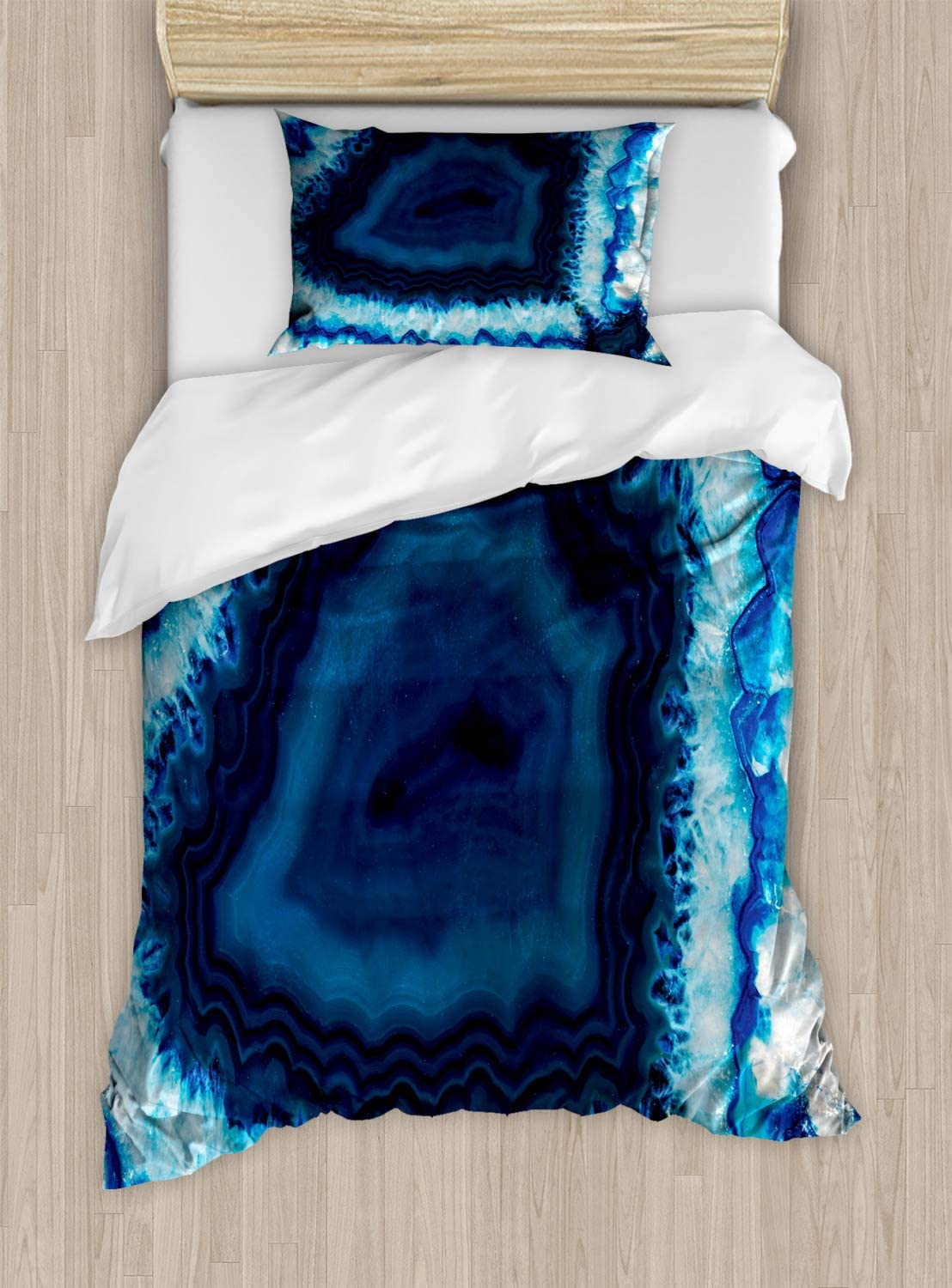 Lunarable Agate Duvet Cover Set, Slice Detail Macro of Agate Geode Known as Brazilian Thunder Egg, Decorative 2 Piece Bedding Set with 1 Pillow Sham, Twin Size, Blue Navy