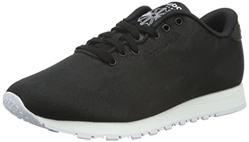 912002a9a1c9 reebok - SPORTSWEAR - Classic Nylon Jacquard - Black - 3  Amazon.co ...