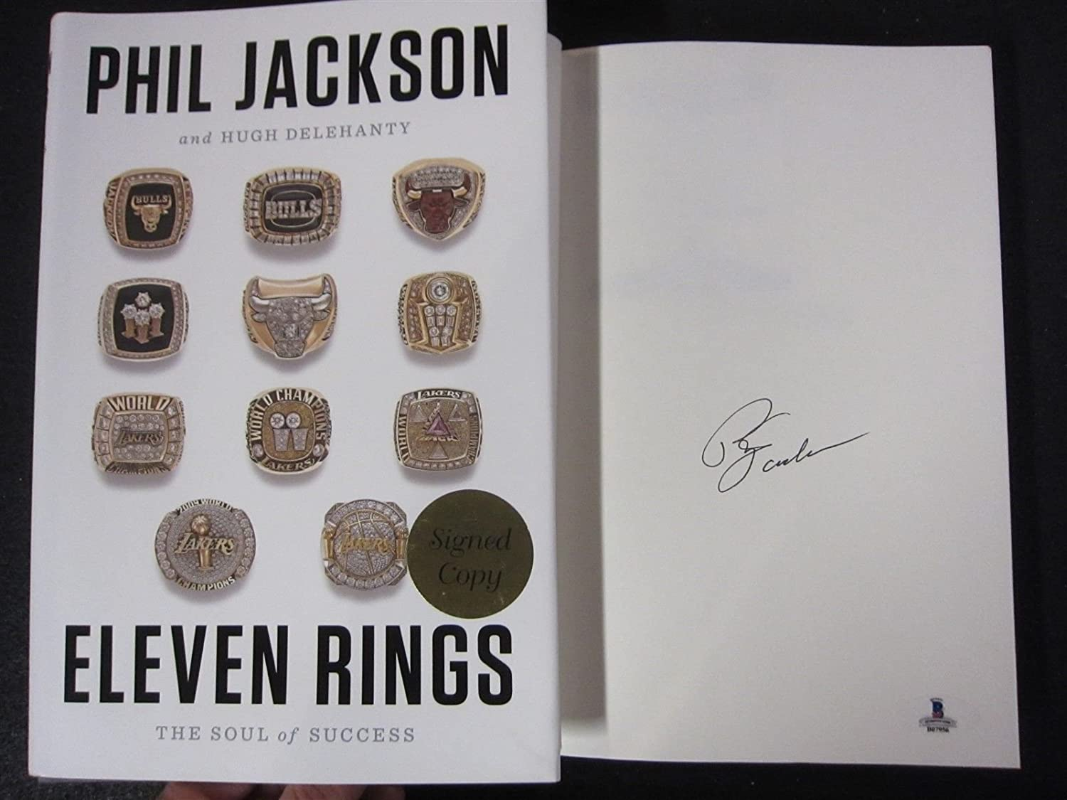 Phil Jackson Bulls Lakers Coach signed Book Eleven Rings 1st Print Beckett  BAS at Amazon's Sports Collectibles Store