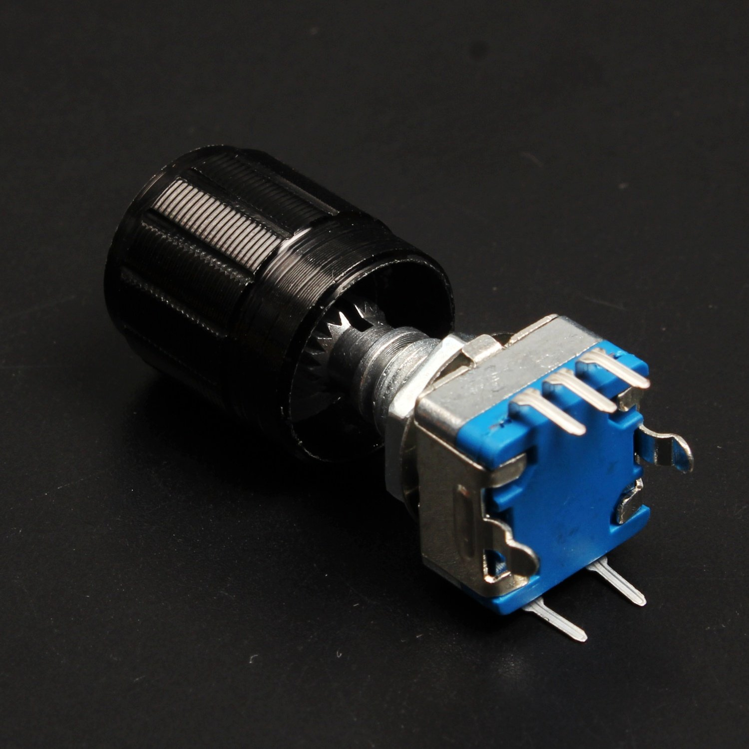 Dikavs 360 Degree Rotary Encoder Code Switch Digital Potentiometer 6 Pin Wiring Schematic And Knob Industrial Scientific