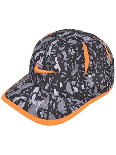 6705c059fb232 Amazon.com  NIKE Children s Apparel Kids  Little Printed Dri Fit ...