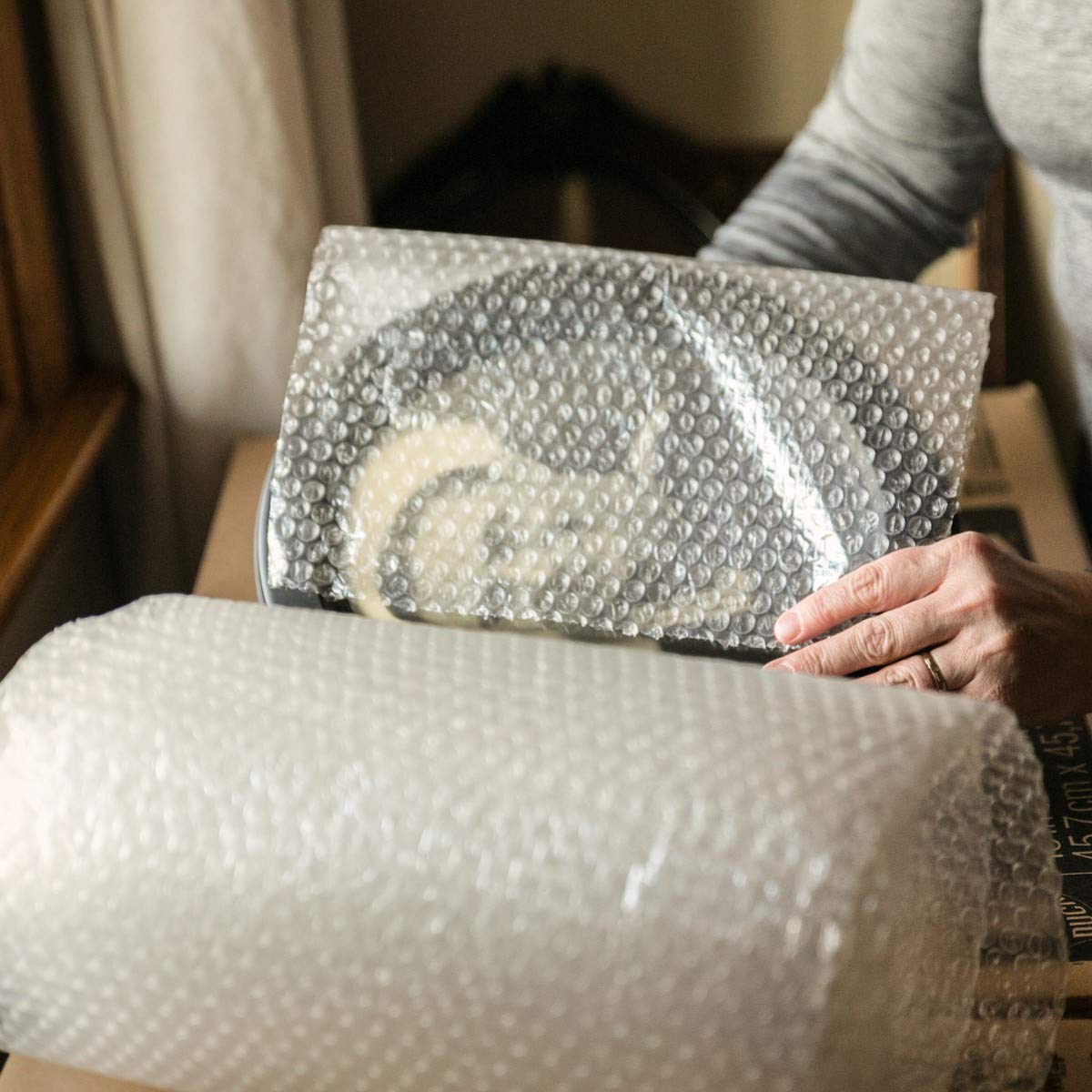 Duck Brand Bubble Wrap Roll, 3/16'' Original Bubble Cushioning, 12'' x 150', Perforated Every 12'' (284054) by Duck (Image #8)