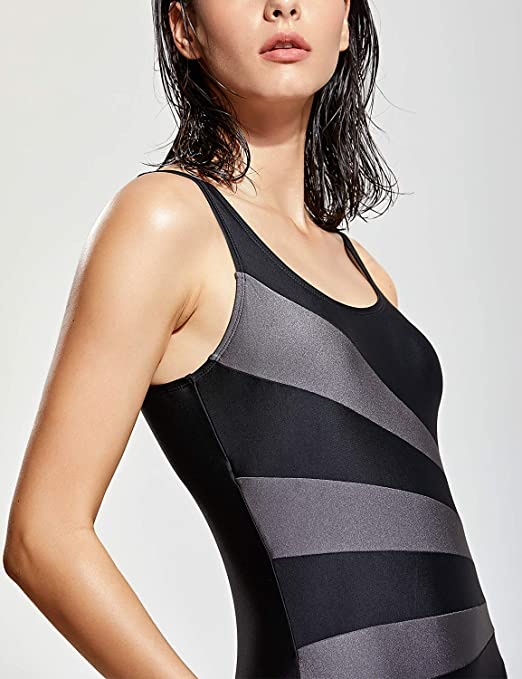 addf7e90b78a Amazon.com  SYROKAN Women s Printed High Neck Maillot Athletic Training One  Piece Swimsuit  Clothing