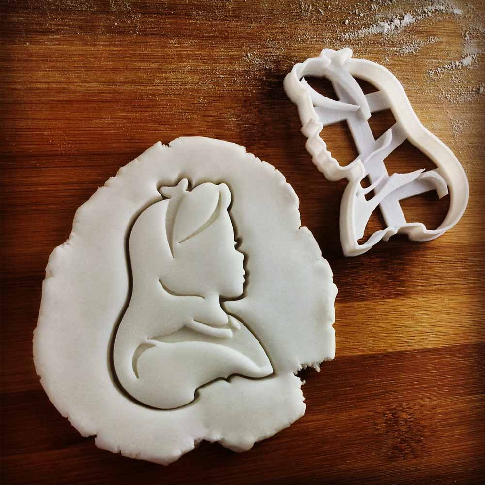 FULL SET of 4 Characters Cookie Cutters inspired by ''Alice's Adventures in Wonderland'' novel by Lewis Carroll, 4 pcs, Includes Alice, Mad Hatter, Cheshire, and White Rabbit characters by Bespoked Curations (Image #4)