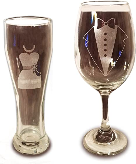 Engraved wine glass engagement party for my wife from the groom to bride gift CUSTOM WINE GLASSES to my bride gift wedding party favors