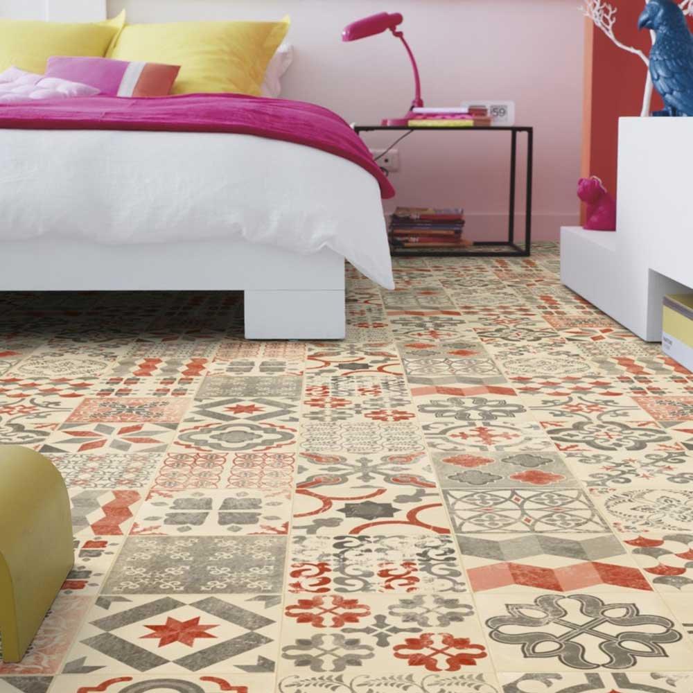 LIVINGFLOOR® Pavimento de PVC, efecto suelo, estilo retro rústico, 2 m de ancho, largo variable por metros, color rojo mediterráneo