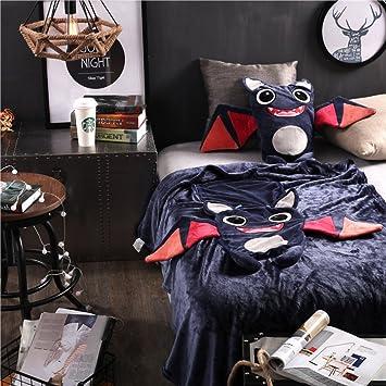 Amazon.com: Young tendencias de moda Little Monsters Cojín ...