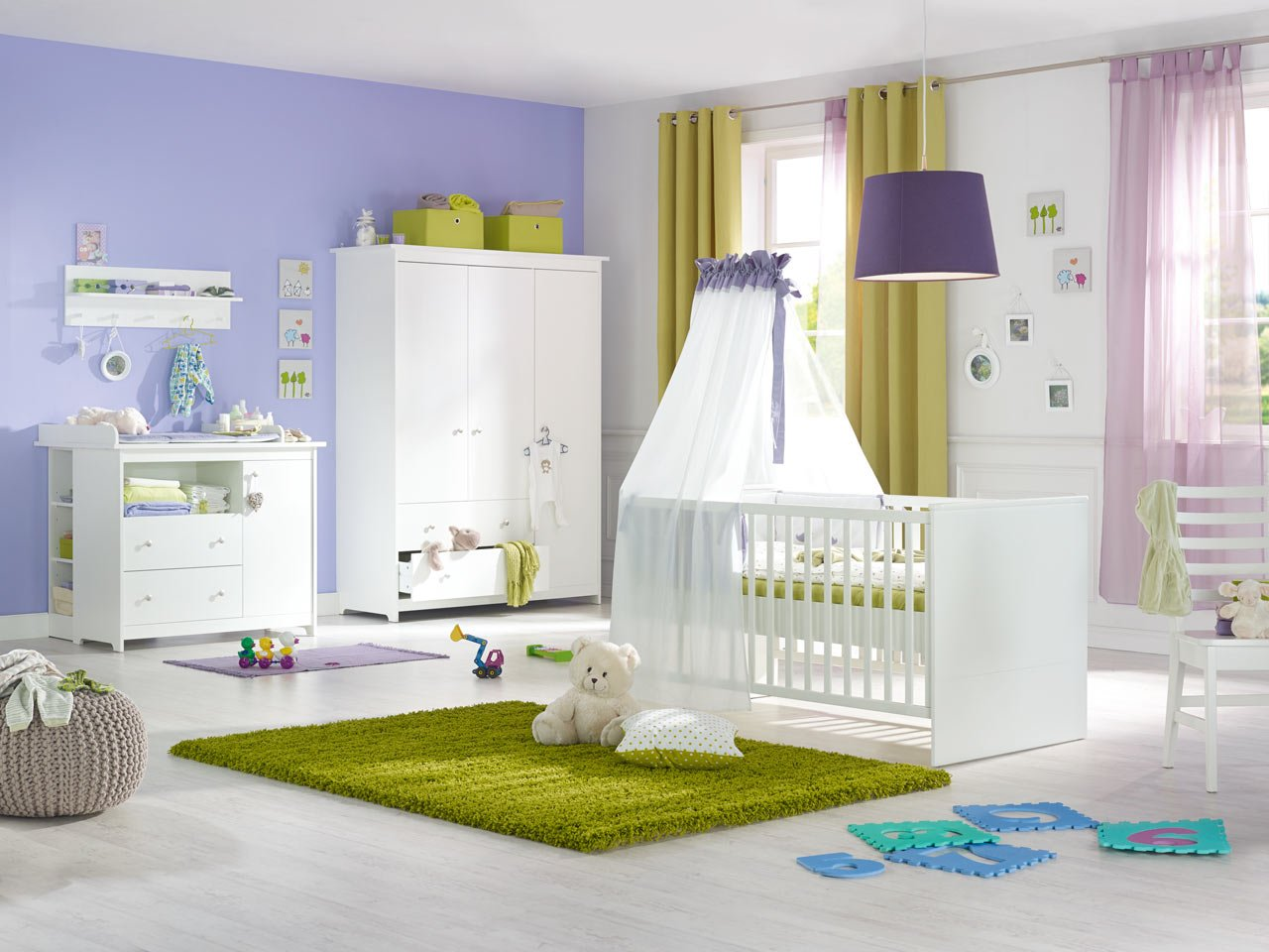 gem tlich kleiderschrank kinderzimmer mdchen. Black Bedroom Furniture Sets. Home Design Ideas