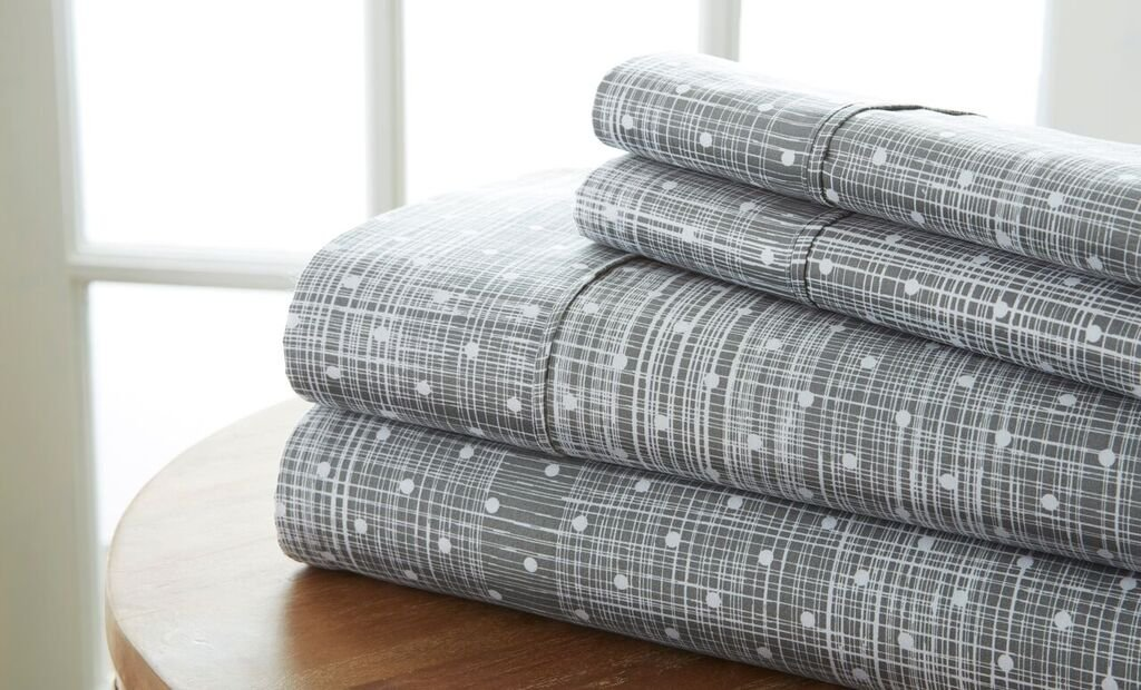 Becky Cameron Polkadot Printed Patterned Quality 4 Piece Sheet Set, California King, Gray