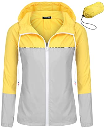 74cf86896 Bosbary Women's Raincoats Waterproof Packable Windbreaker Active Outdoor  Hooded Lightweight Rain Jacket(Yellow/Gray