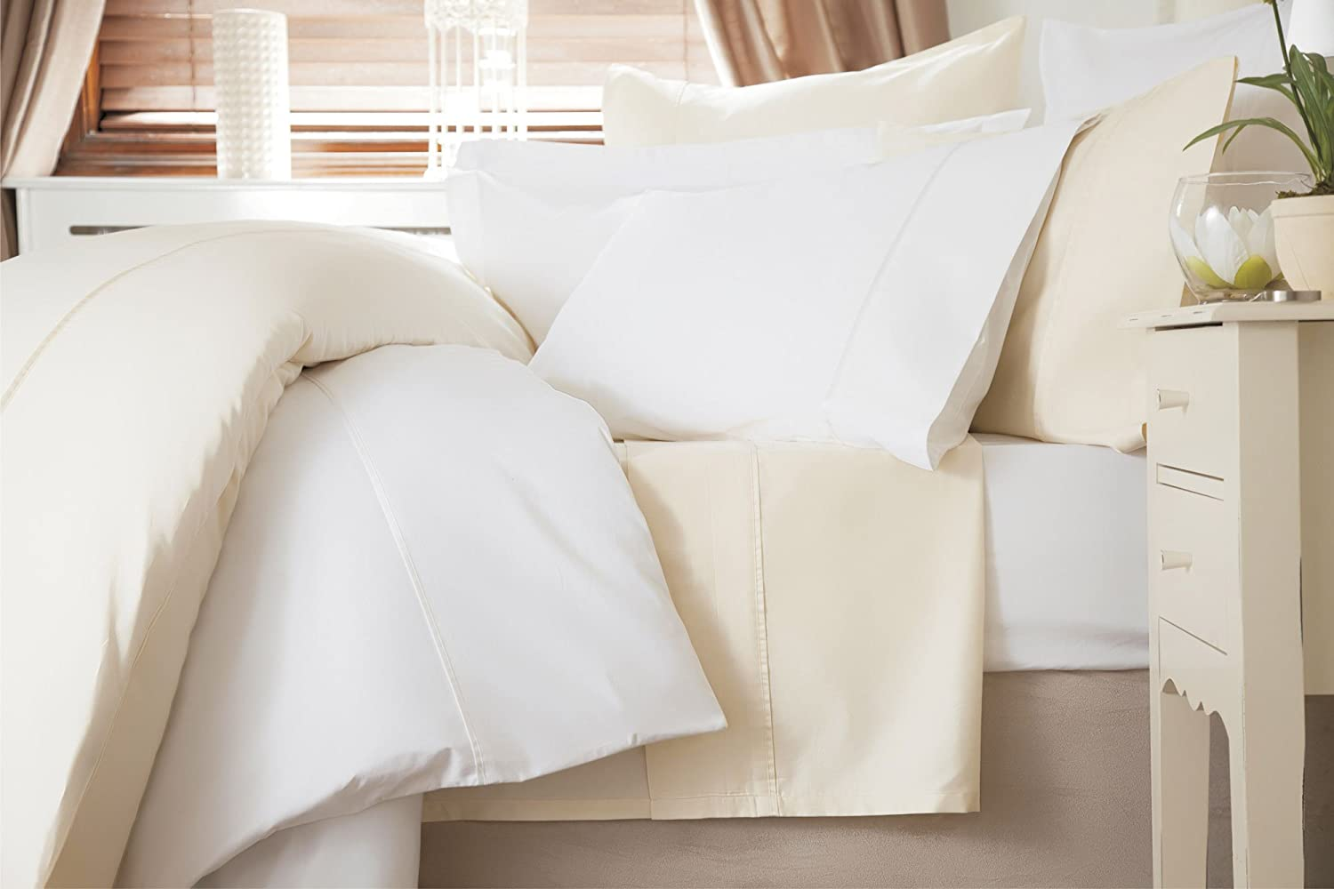 Belledorm 600 Thread Count 100 Cotton Sateen King Size Duvet Cover In Ivory Amazon Co Uk Kitchen Home