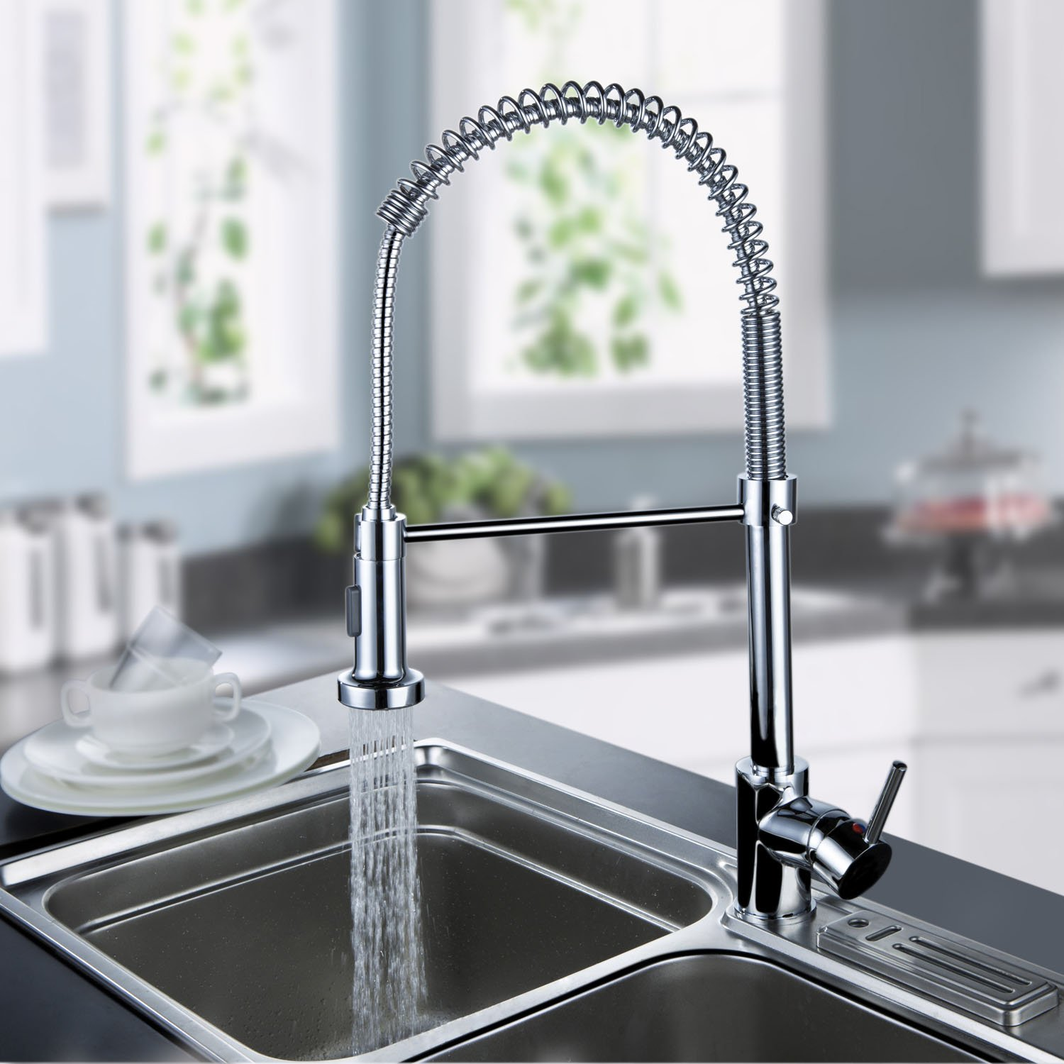 Lightinthebox Deck Mount Contemporary Spring Kitchen Sink Faucet Chrome Tall Curve Spout Bar Faucets Single Hole Kitchen Basin Faucets with Pull Out Led Sprayer 360 Degree Rotatable Swivel Mixer Taps Pull Down Spray Ceramic Valve Plumbing Fixtures