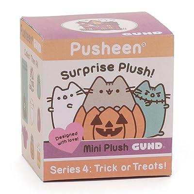 """GUND Pusheen Surprise Series #4 Halloween Stuffed Animal Cat Plush, 2.75"""": Toys & Games"""