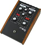 moog mf101 moogerfooger low pass filter effects pedal for guitar bass and synth. Black Bedroom Furniture Sets. Home Design Ideas