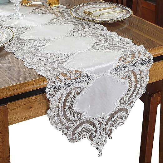 Elegantes y afilados esquineros de mesa de esquina, tela de encaje ...