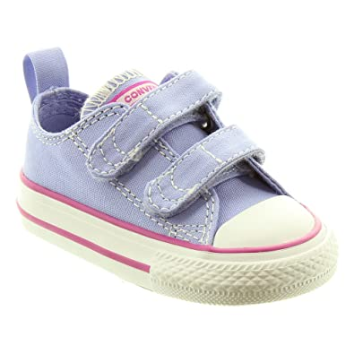 47482d6114e0 Converse - Chuck Taylor All Star 2 Velcro Ox Shoes in Lilac  Amazon.co.uk   Shoes   Bags