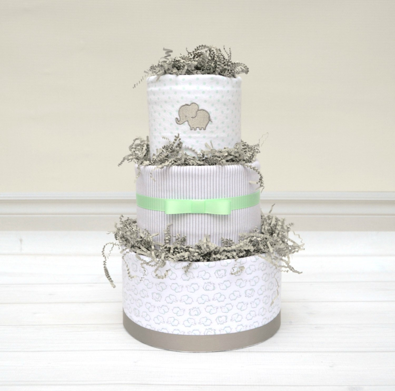 Amazon.com: 3-tier Elephant Diaper Cake in Gray and Mint, Gender ...
