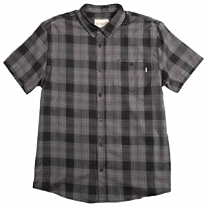 Active R/S Barrio Short-Sleeve Woven Shirt in Black - L